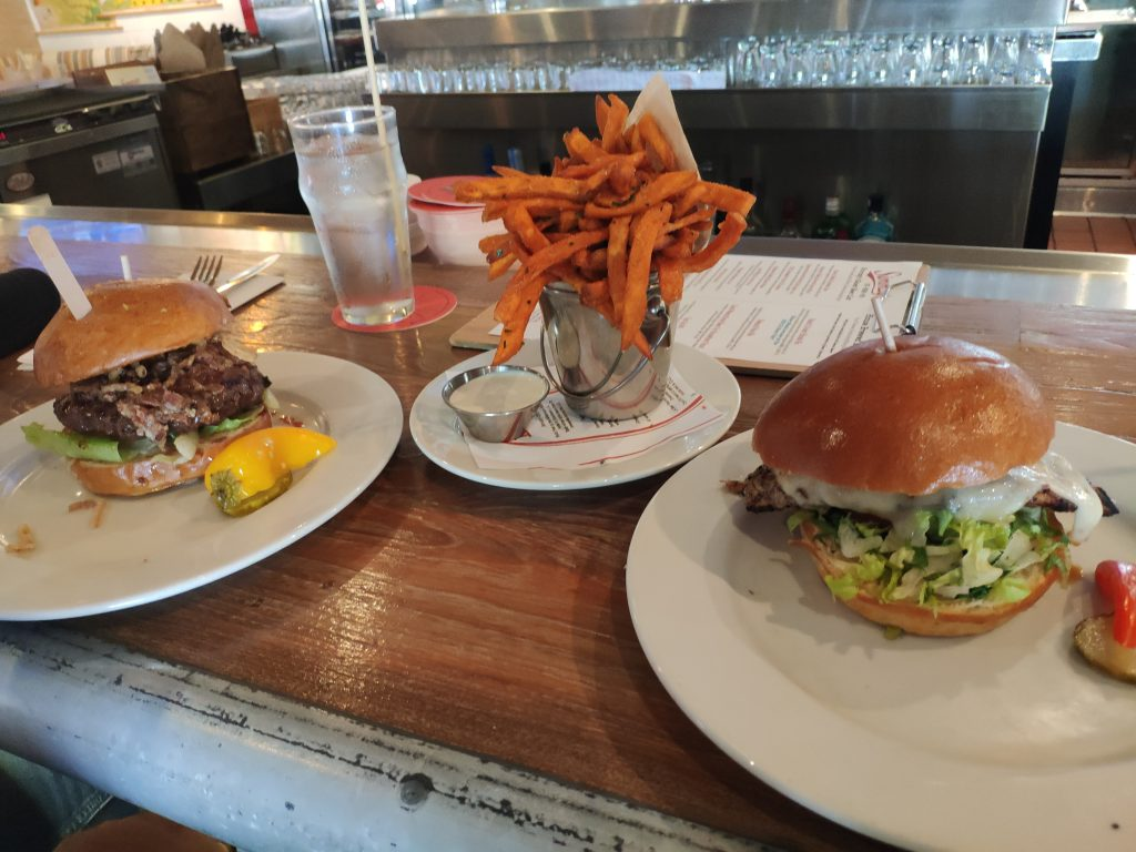 burgers in los angeles